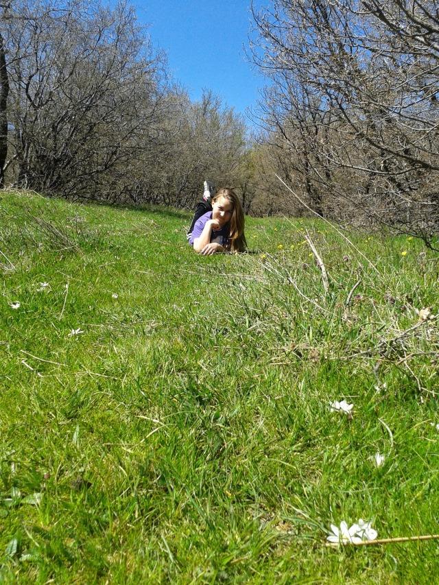 #mineralwater #mineralnibani #layingonthegrass