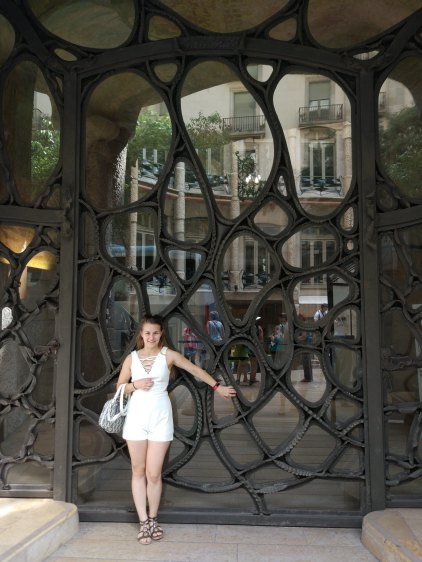 In front of Casa Batlló